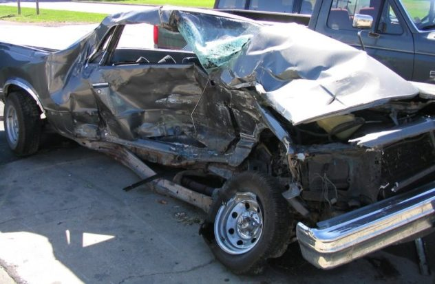 auto demolita demolizione auto