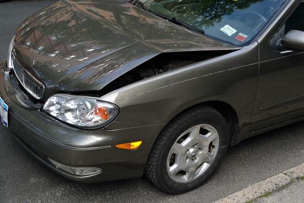 macchina bollata demolizione auto
