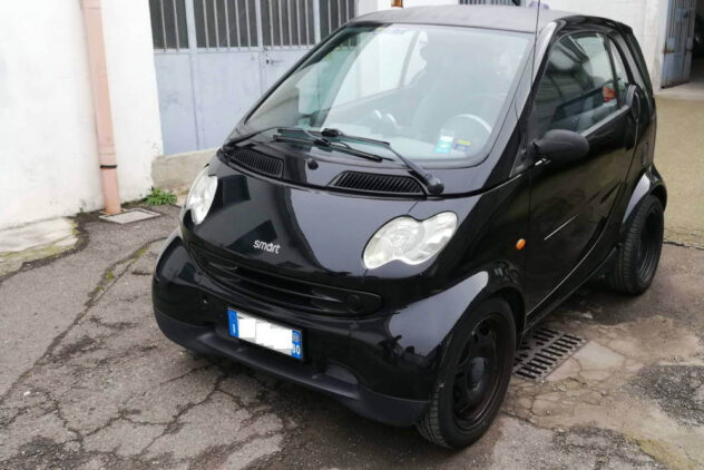 Smart Nera Autodemolizioni Milano